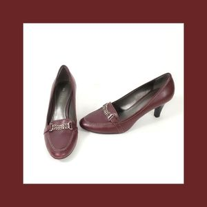 Nickels soft Leather Burgundy Low Heel Size 8.5M